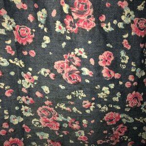 7 Diamonds Shirts - 7 Diamonds medium button down floral top